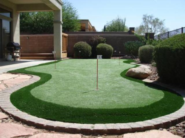 Backyard Putting Green With Fringe Surround.